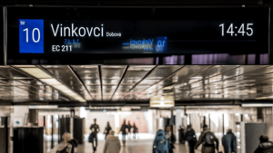 Case-Study-imotion-FLOW-Custom-Stretch-Ljubljana-Train-Station-60cc68e0c94ec (1)