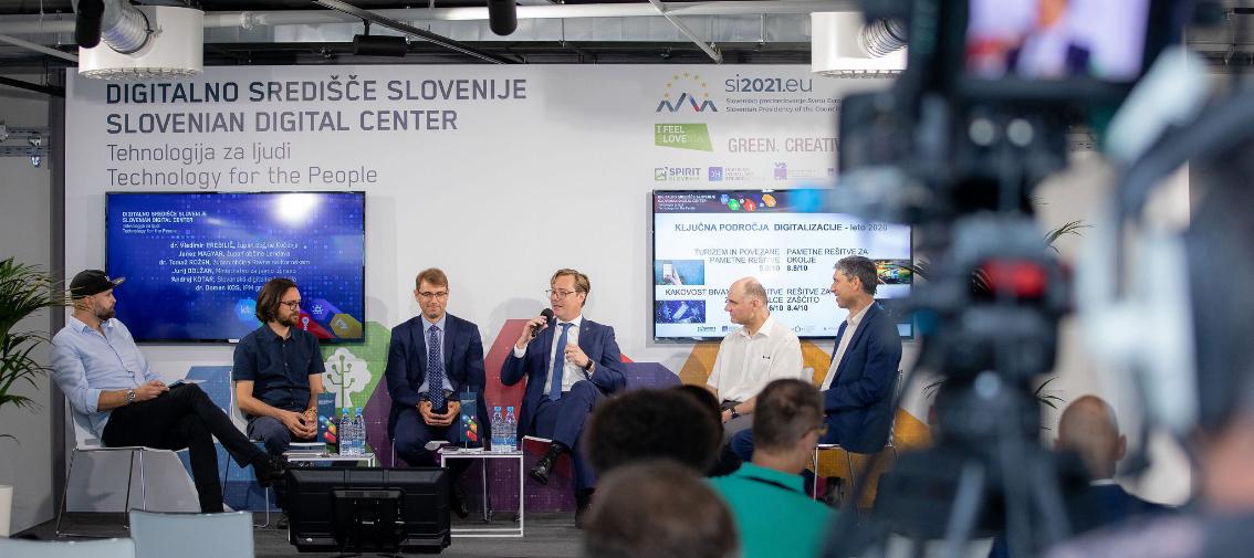 Digitalno središče Slovenije na ogled inovativnih rešitev ali po nova znanja